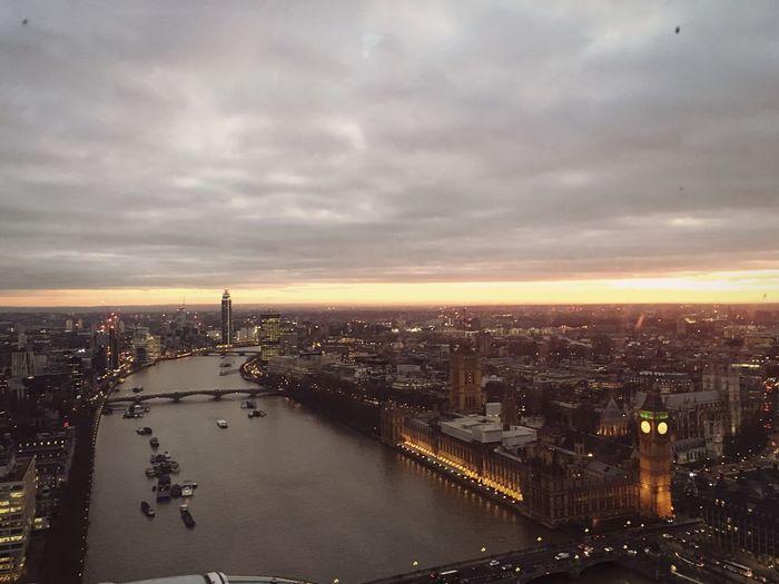 London 🎡🏙 Travel Destinations Lifestyles City