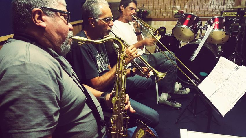 "Jazz'n bossanova - Musics: ""Dom"", Oyama and Peter Ruy - Music School Freguesia by Saulo Valley Musicians Bossanova Freguesia SauloValley"