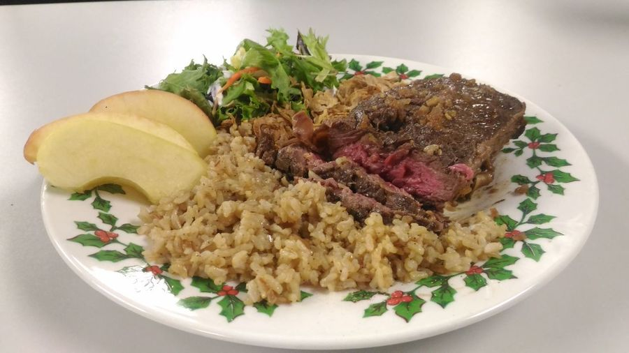 rare steak with brown rice, apple slices,crispy minions and salad Steak Dinner Rare Steak Steaks Meal Meal Time Meat! Meat! Meat! Holiday Meal Holiday Plated Food Steak And Rice Food And Drink Food Foodphotography Food Presentation Red Meat Beef Plate Meat Close-up Food And Drink Rice - Food Staple