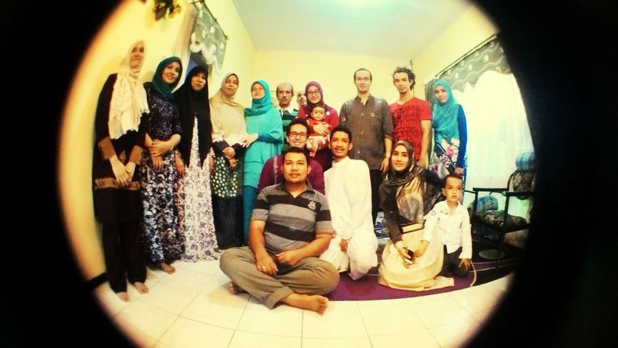 Potrait Picture Of The Day Family Portrait Latepost Ied Al adha