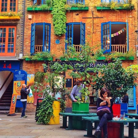 Amazing and very #picturesque place this #Neal's yard ??????? Shame there was no sunshine but I'll come back ? Ic_cities_london Ig_london Aauk Gang_family Capture_today Picturesque Mashpics Londonpop Top_masters Allshots_ From_city London_only Pro_shooters Gf_uk Alan_in_london Neal Insta_london Thisislondon Gi_uk Igers_london Ig_england Love_london