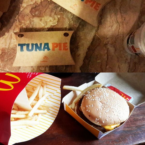 Food Tunapie Quarterpounderwithcheese Jollibee Mcdonalds