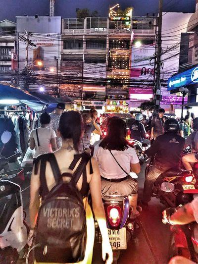 Bangkok, traffic jam at Bang Rak Market People Ingorghiumani Ingorghi Victoria's Secret Bag Trafficjam Traffic Thailand Bangkok Illuminated Night Large Group Of People City Life Lifestyles City Real People Nightlife People Women Men Outdoors