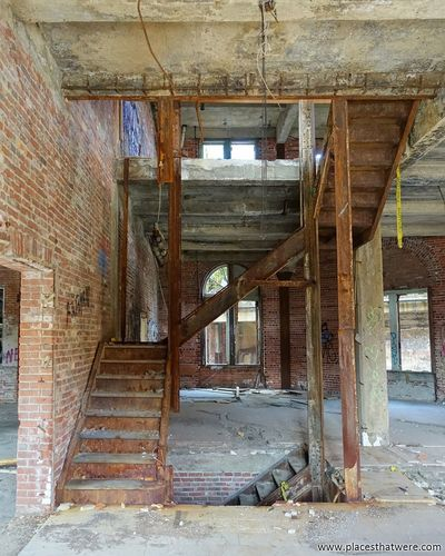 Rusted Stairs. http://www.placesthatwere.com/2017/12/abandoned-warner-and-swasey-company.html Abandoned Abandoned Places Abandoned Buildings Abandoned & Derelict Stairs Rust Rusty Rust Belt Urban Exploration Ruins Urbex Decay Industrial Decay Creepy Cleveland Ohio Windows Damaged Wood - Material Architecture Dirty Indoors  Built Structure