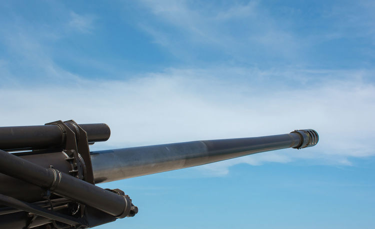 Gun Machinery Armed Cannon Canon Close-up Cloud - Sky Danger Day Defence Equipment Fire Forces History Low Angle View Militar Military No People Outdoors Peacemaking Sky War Weapon Weaponry Weapons Of War