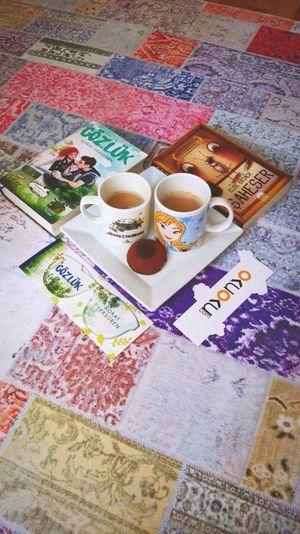 Kardesimle Kitap Okuyoruz Biz 👓📖📚 Gozluk Gozlukcam Saheser Okuoku.com Ayrac Kahve Kek Frozen Kitap Me Bookstagram : 1yagmur1kitap