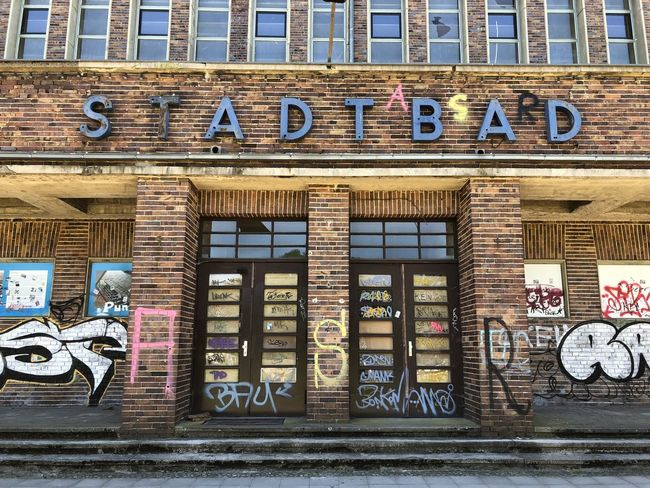 Stadtbad | shot on iPhone X Abandoned Architecture Art And Craft Brick Wall Building Building Exterior Built Structure Day Graffiti IPhoneography No People Noedit Nofilter Text