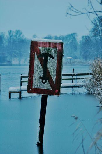Eutin Anker Sign Winter Winterscapes Frozen Lake Frozenlake Frozen Nature Lakeshore Cold Winter ❄⛄