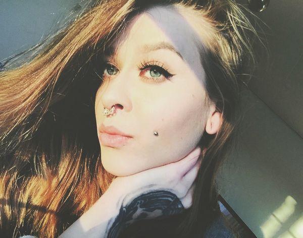 Tattooedgirls Selfie ✌ Tattoos Piercings Ink Vans