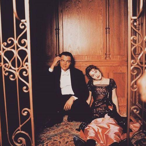 bellissimi 🎬 Leonardodicaprio  KateWinslet Titanic TitanicMovie Trhowbackthursday TBT  Cameron  90s Leodicaprio Iconic Academyawards Oscars Jackandrose