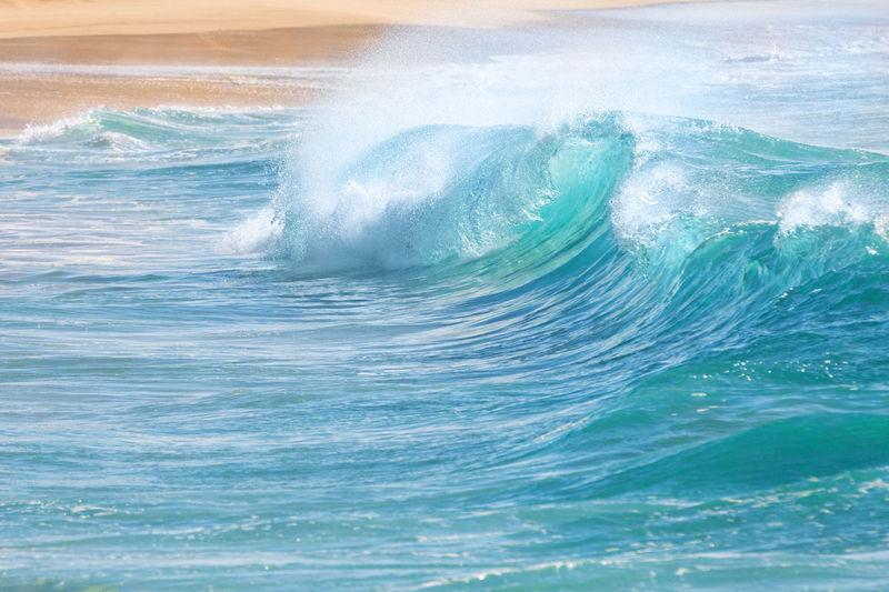 Waves splashing in sea
