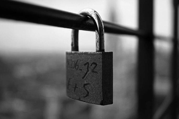 """""""Tis in my memory lock'd, And you yourself shall keep the key of it."""" ~William Shakespeare~ Black & White Instadaily Blackandwhite Tadaa Community Tadaa Black And White Munich München Germany Instagood"""