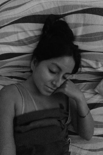 Blackandwhite Blackandwhite Photography Blackandwhitephotos Sleeptime Latingirl Peru Bedroom Domenica Alone Noia Ilovesleeping Aesthetics