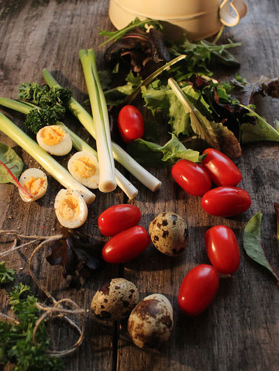 Food And Drink Quail Eggs Salad Spring Lee Table Tomato Tomato Sptring Leek Vegetable Wood - Material
