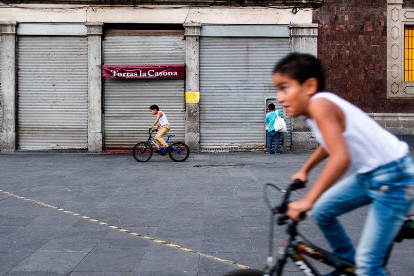 Watch a video of me doing street photography in Mexico City: https://www.youtube.com/watch?v=zGz2vO_8L_Y Biking EyeEm Best Shots FUJIFILM X-T2 Kids Kids Being Kids Kids Playing Mexico Mexico City WeekOnEyeEm Bicycle Bike Bikes Cdmx Fujifilm_xseries Kid Kidsphotography People Real People Street Street Photography Streetphoto Streetphoto_color Streetphotographer Streetphotography X100f A New Perspective On Life