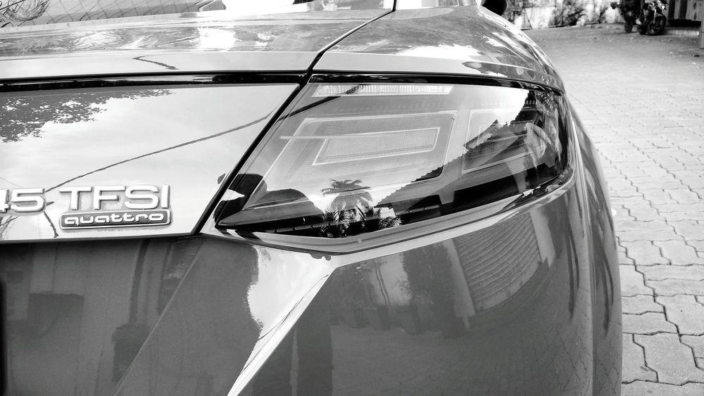 Shades Of Grey Audi Reflection Mobilephoto Eye4photography  EyeEm Best Shots Taking Photos Black & White Classic Cars