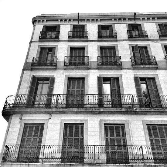 Arquitectura en Barcelona♡ como no enamorarse de esta ciudad? Barcelona Catalunya Bcn Igerscatalunya insta_bwgramers igers blackandwhite igersvenezuela_byn