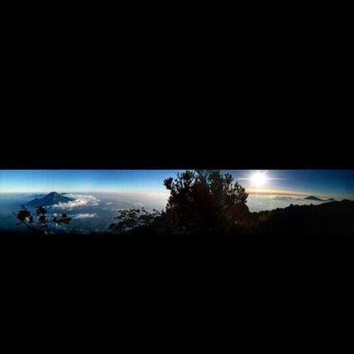 Sumbing 3371mdpl Mountains Mountain Indotravellers INDONESIA Id_pendaki Wonosobo Explorewonosobo Mtma