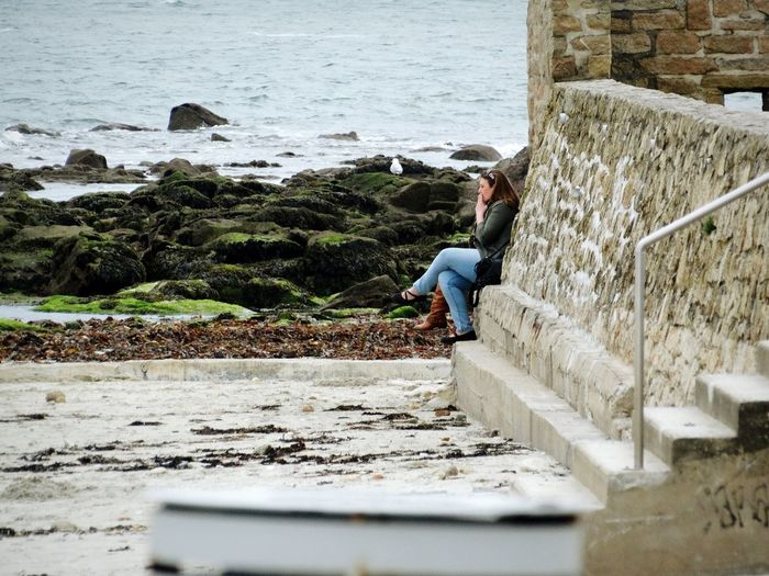 lamour Plage Relaxing Taking Photos Enjoying Life Hello World Brittany France Hanging Out Beach Beachphotography Cold Cold Days Cold Beach Spring Autumn Winter Smoke Smoker Female Smoker Female Smoking Women Smoking Woman Smoking Seaside Sea Sea Sky Beach