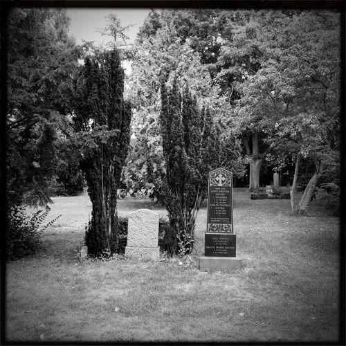 Rest In Peace Respect Black & White
