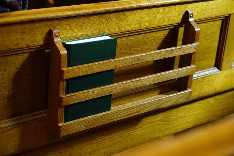 Chapel Church Hymnal No People Pew Prayerbook Songbook Wood - Material
