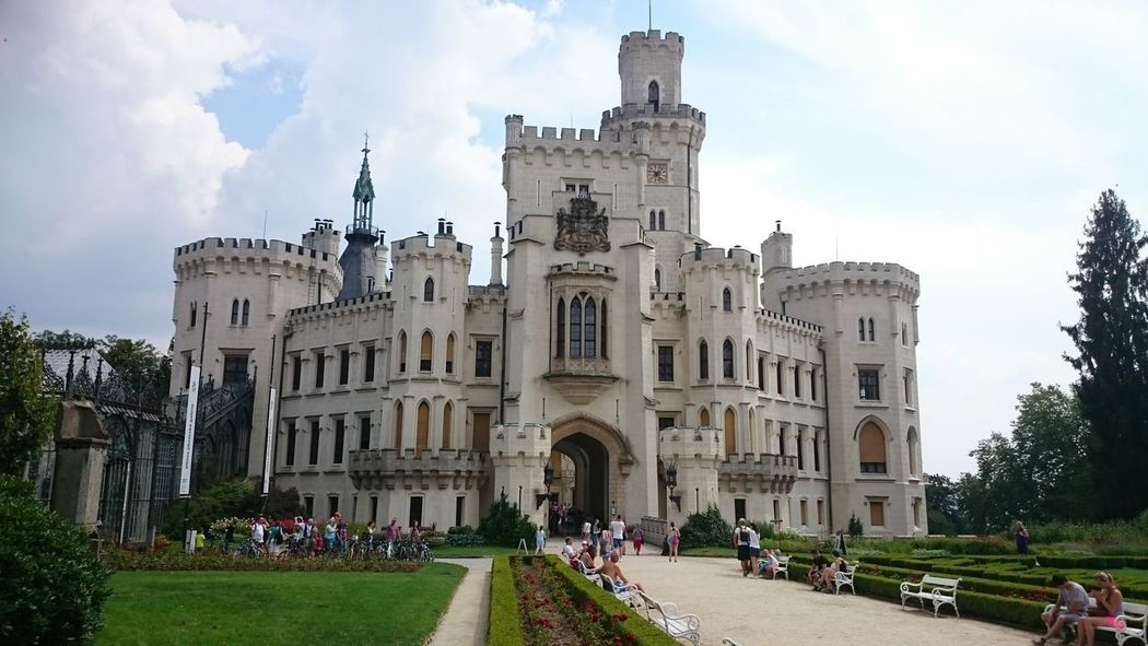 Castle Hluboka An Eye For Travel Architecture Travel Destinations Cloud - Sky Building Exterior Large Group Of People Built Structure History