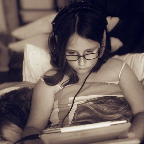 Love her to pieces.... Especially when she is this engrossed in music Takesafterherdad