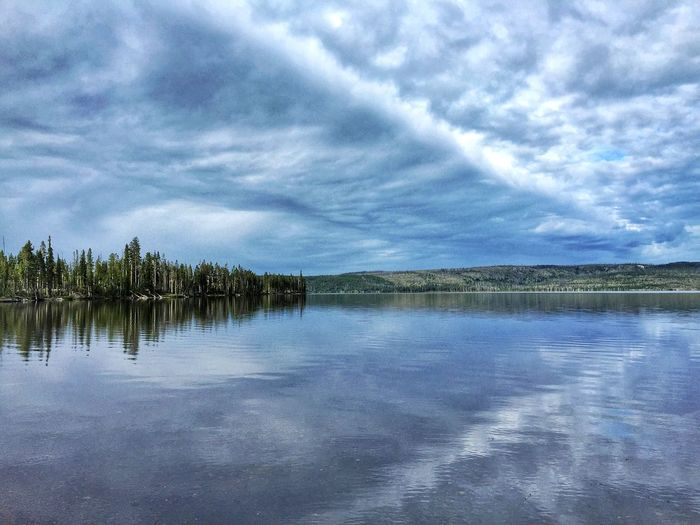 Mirror Image Lewis Lake Yellowstone Cloud - Sky Sky Water Tranquility Tranquil Scene Beauty In Nature Scenics - Nature Reflection Lake Blue Nature