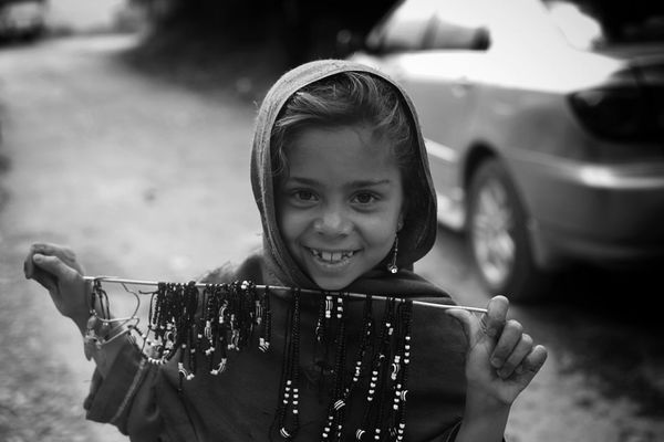 Smiles that make grief look like it doesnt exist. Streetphotography Streetlife Theroadsidelife For Peshawar..