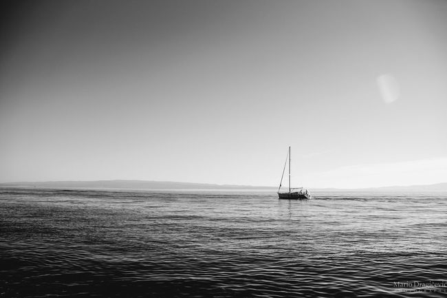 Adriatic sea in Winter time 🌣 Sea Nautical Vessel Horizon Over Water Sailboat Outdoors Sailing Nature Floating On Water Beauty In Nature Sailing Ship Horizon Photowalk Photo Of The Day Photoshoot Photos Around You Canonphotography EyeEmNewHere Blackandwhite Photography Split Croatia Eye4photography  Arts Culture And Entertainment Blackandwhitephoto Place Of Heart Place Of Heart