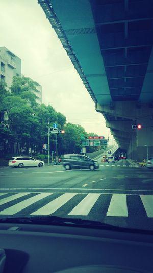 福岡、雨まじり。