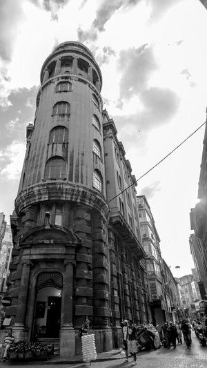 Blackandwhite Streetphotography Istanbul Architecture Architecture_bw Streetphoto_bw Street Wideangle The Architect - 2015 EyeEm Awards