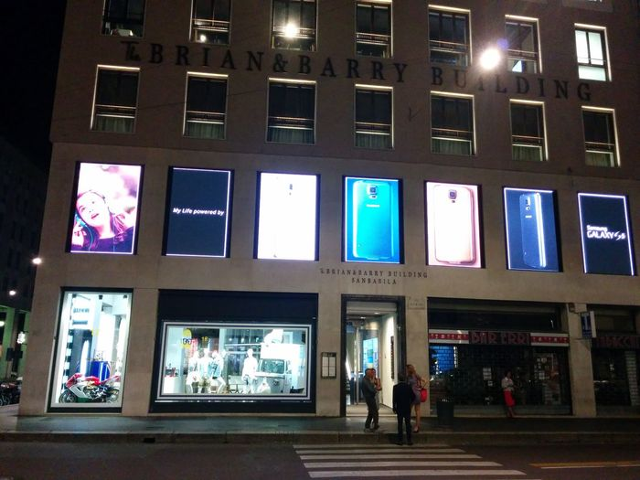 Digitalsignage Shopping Milan