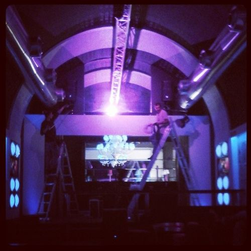 Preparacoes Gravação Disco Lights soldeinverno working igdaily instagramers webstragm photogram instaphoto instadisco