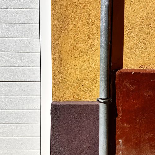 Close-up Illuminated Xativa Backgrounds Shadows & Lights Geometry Multi Colored Sunlight Architecture Abstract Minimalist Mobilephoto Textured  Geometric Abstraction Mobile Editing Colors Lines Color Minimalism Shadows No People Vibrant Color Mobile City Square