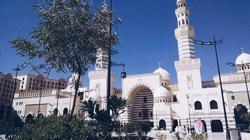 Beautiful day and a beautiful masjid EyeEm Best Shots AMPt - Shoot Or Die WeAreJuxt.com Saudi Arabia