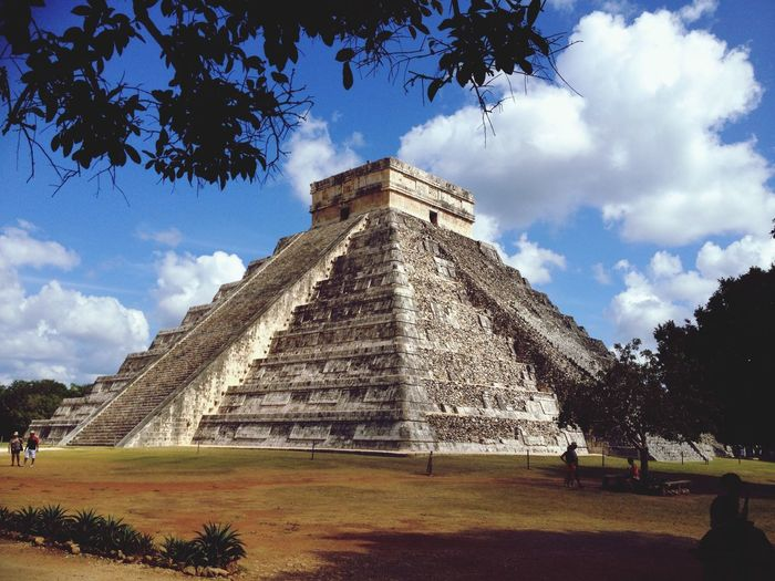 EyeEm Selects Chitzen Itza Astec Pyramid History The Past Ancient Civilization Travel Destinations Sky Pyramid Built Structure Archaeology Tourism Ancient Architecture Building Exterior Travel Day