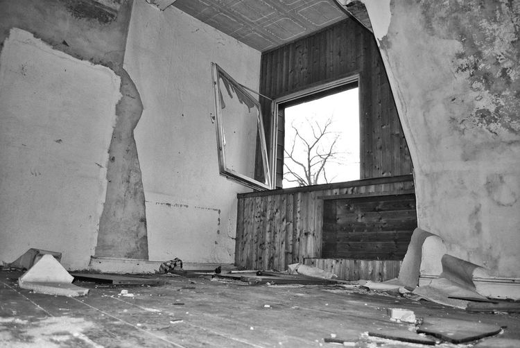 Architecture Building Built Structure Damaged Lost Places Old Ruined Window EyeEmNewHere