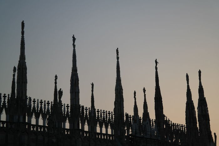 statue's silhouette silhouettes The City Light Cathedral Graduated Standing Above Half Light Peaceful Evening Gloaming Dusk Twighlight Nightfall Frozen In Time Shading  Eventide Lines And Shapes Spiritual Moment City Life Architecture Shadows And Backlighting