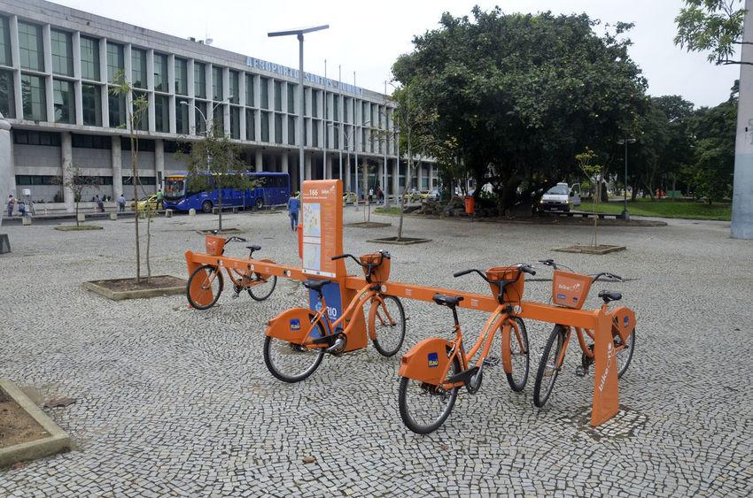 Aeroporto Airport Alexandre Macieira Bike Bike Rio Brasil Brazil City City Life City Street Itau Land Vehicle Mode Of Transport Parked Parking Rio Rio De Janeiro Tourism Tourist Travel