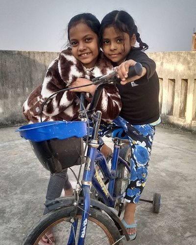 Home Niece  Sisters Funtime Rooftop Buxar
