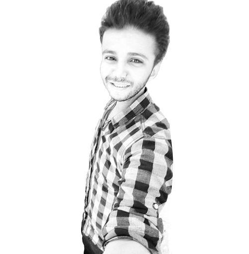 Smile whatever all around of you Vscocam #vsco #instagood #photo #igers #instadaily #streetphotography #nature #elianastar #rovingstarpoints # Ipadmini3 #aviary #picsplay #flowers #flowerstagram #streetphoto #master_shots Likeforlike Followme GetHashtags.com