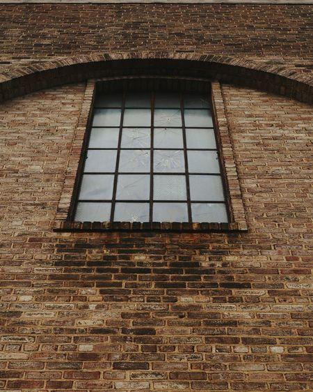 Old building. Windows Brick Wall Brick Building Brokenwindows Arch Architecture
