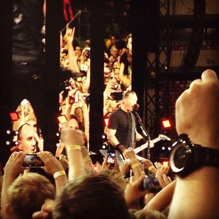 James Hetfield - so close ❤️ James Hetfield Metallica Singer  Concert