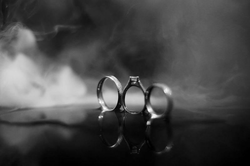 EyeEm EyeEm Gallery Wedding Photography Blackandwhite Blackandwhitephoto Bw Bw_collection Bw_lover Close-up Photoismylife Ring Selective Focus Wedding Ring Wediing