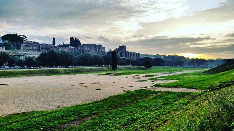 Circomassimo Rome Italy Sunrise Landscape Romanempire Dettaglidiroma LOVES_ROMA_ LOVES_LAZIO_ LOVES_UNITED_LAZIO Loves_lazio Loves_united_roma Loves_roma Igersroma Visitroma Myrome Lazioisme Igersitalia