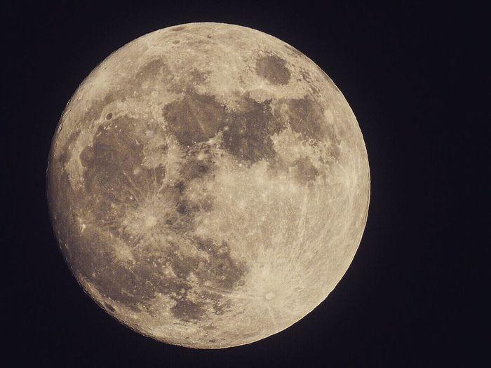 London Full Moon Moon Astronomy Nikon Nikonphotography NikonP900 Zoom First Eyeem Photo