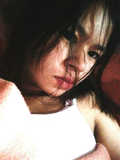 เหงา Young Women Beautiful Woman Human Face Headshot Portrait Women Serious Close-up First Eyeem Photo