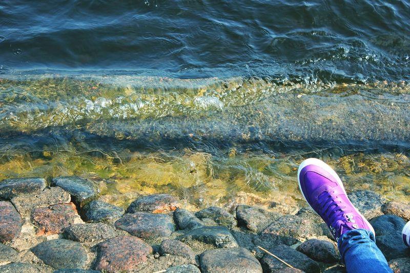 Питер СанктПетербург кроссовки Море камни волны