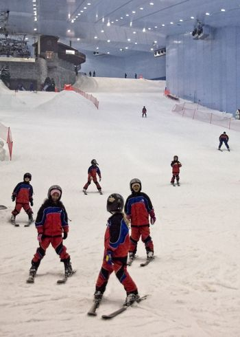 Indoor ski hall in Mall of Emirates, Dubai, UAE. Dubai Kids Skiing UAE Artificial Snow Artificial Snow Ski Slope Cold Temperature Indoor Indoor Ski Track Indoor Skiing Indoors  Large Group Of People Leisure Activity Lifestyles Mall Of Emirates People Playing Real People Ski Track Sport Togetherness Winter Winter Sport